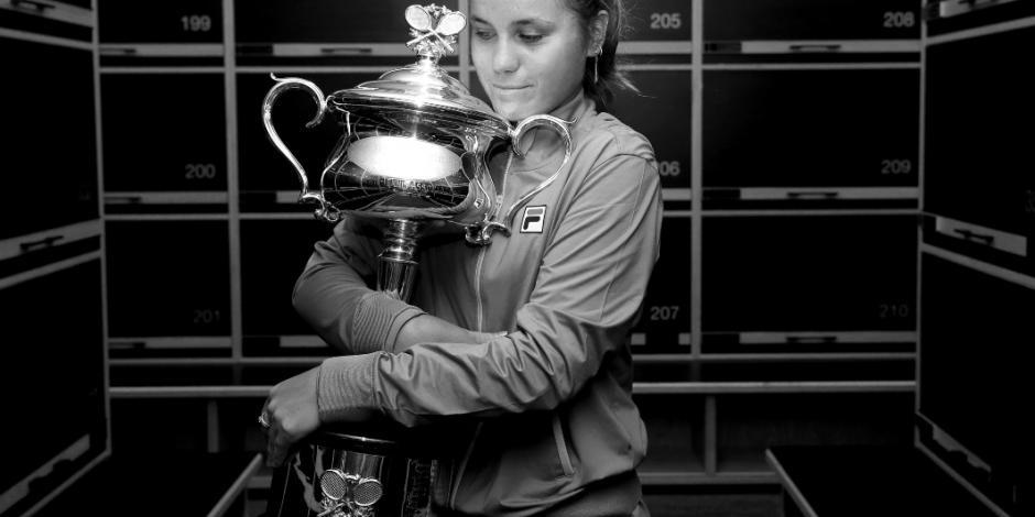 Sofía Kenin se corona en el Abierto de Australia tras vencer a Muguruza
