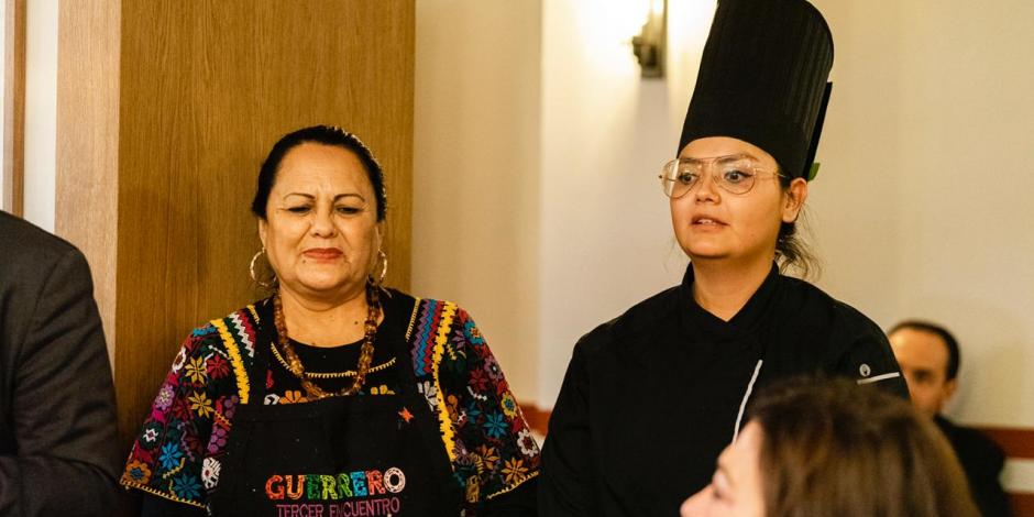 Guerrero deleita en España con talleres de cocina tradicional