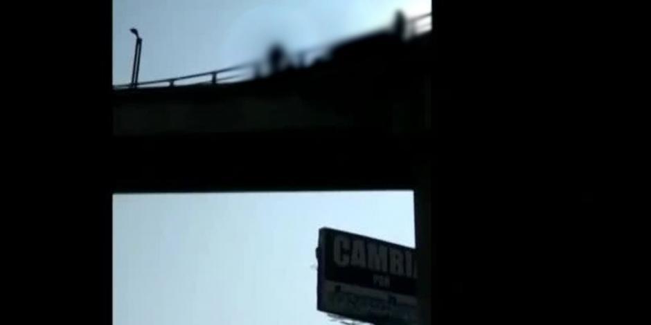 Actualizacion-Se-ha-cerrado-en-ambos-sentidos-la-carretera-del-puente-de-la-Estación-del-Mexibús-cerrada-la-Avenida-José-Lopez-Portillo-Colonia