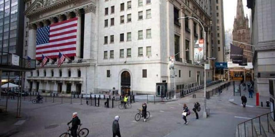 Wall Street cierra con alza de 2% tras repunte del petróleo