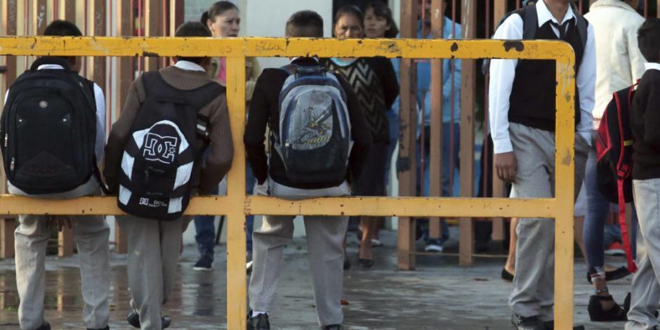Prevén regreso a clases el 17 de mayo sólo en 979 municipios del país