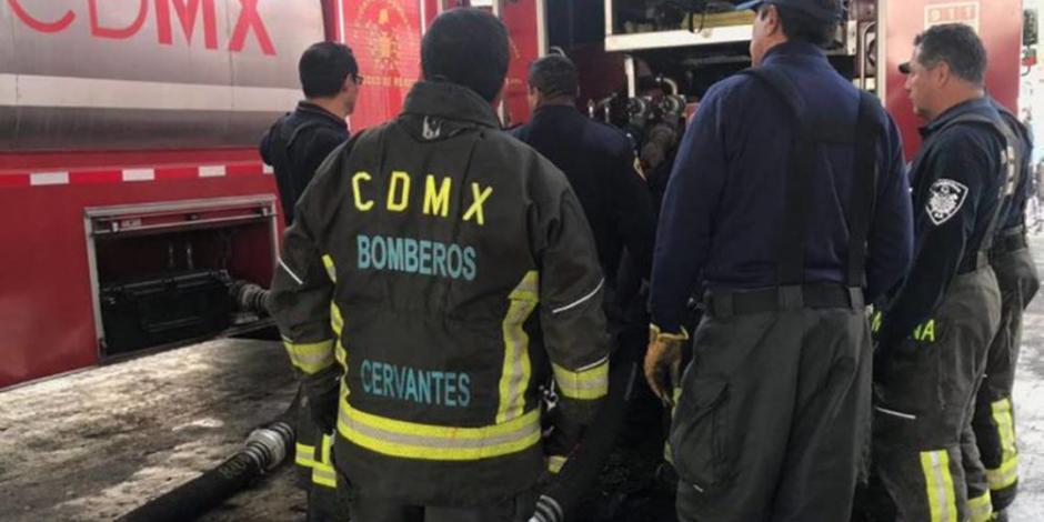 Cae exdirector administrativo de Bomberos de CDMX; lo acusan de desviar recursos