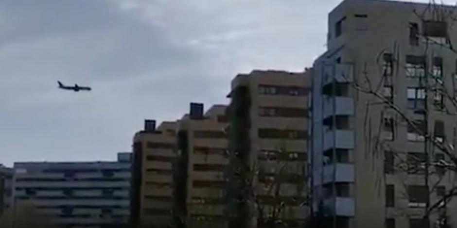 Preparan aterrizaje de emergencia en España; el avión presenta fallas