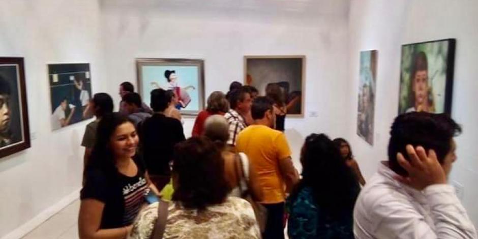 Gran Galería de Acapulco recibe a turistas y locales en vacaciones