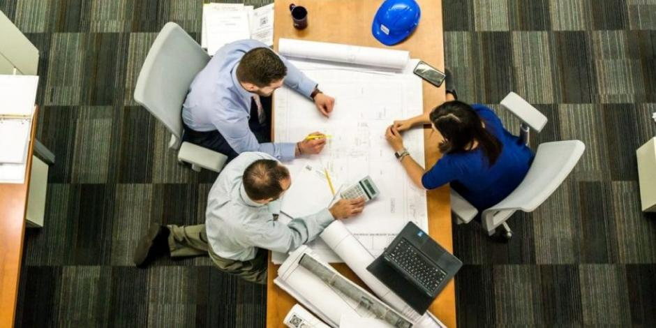 Empresas que contraten por outsourcing deben retener 6% de IVA: SAT