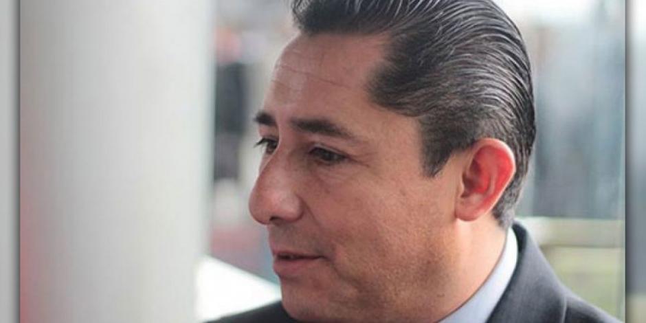 Investigan a Raúl Camacho por relación con expolicía vinculado a Los Zetas