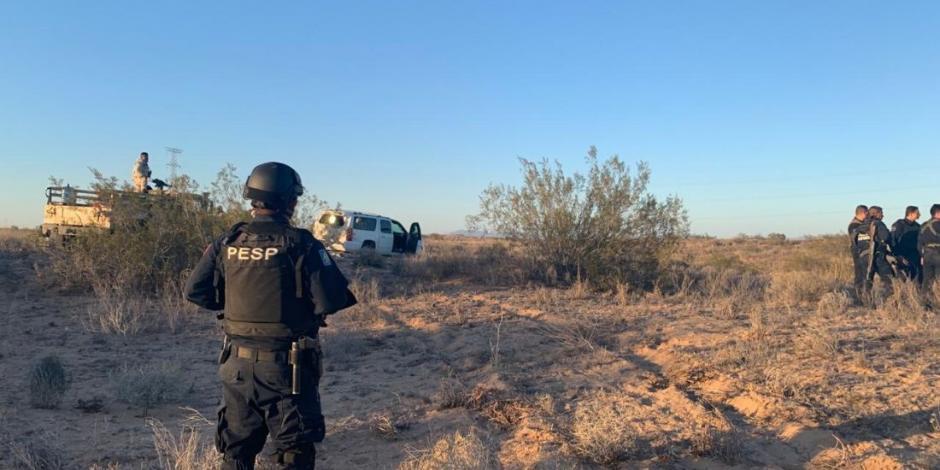 Captura policía estatal a presuntos sicarios y asegura arsenal en Sonora