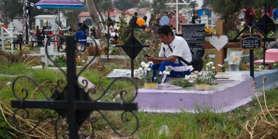 Panteones en CDMX no cierran por Día de las Madres
