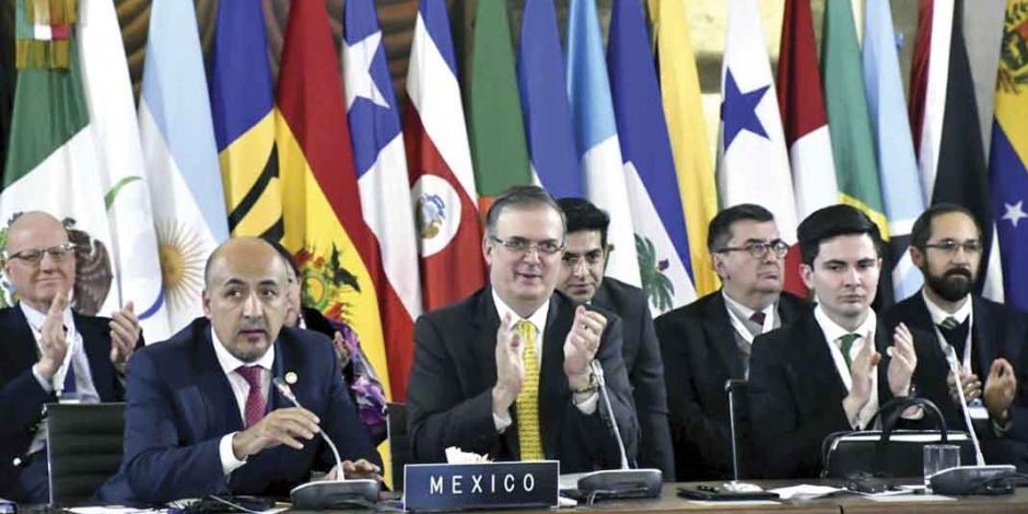 Asume México liderazgo de la comunidad latina