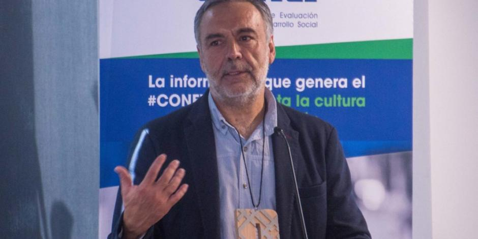 … Y Ramírez Cuéllar pide licencia en San Lázaro
