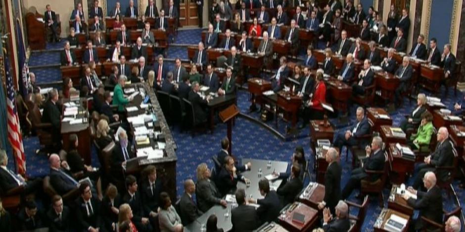Con absolución del Senado, Trump libra juicio político y permanece en el cargo
