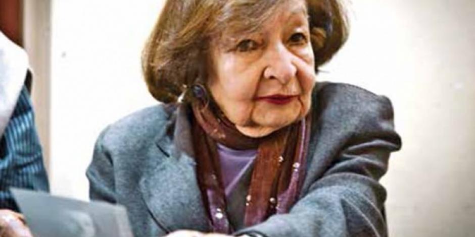 Amparo Dávila, escritora que dejó un mundo de fantasía