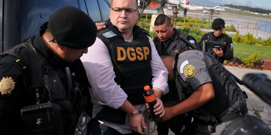 Ratifican sentencia de 9 años de prisión contra Javier Duarte