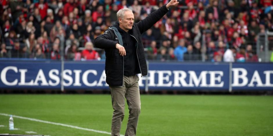 Entrenador del Friburgo se pierde reinicio de Bundesliga por salir de hotel