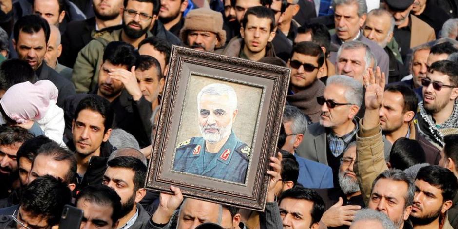Protestan en Irán por asesinato del general Qassim Soleimani