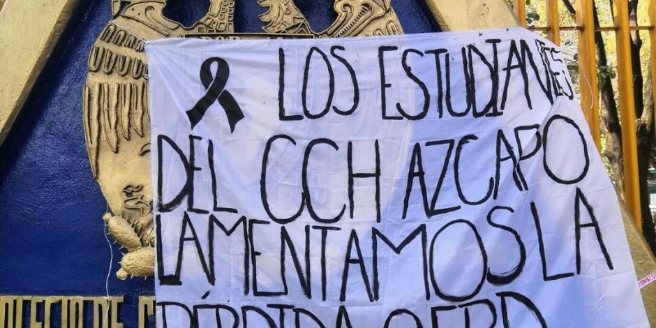 Estudiantes de CCH Azcapotzalco protestan por muerte de alumno