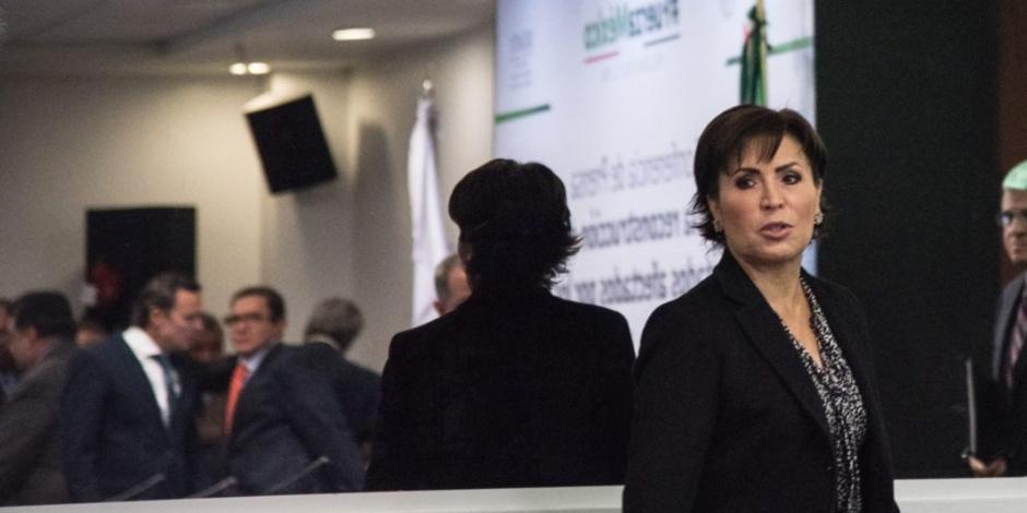 Tras 9 horas de audiencia, juez determina que Rosario Robles siga en prisión