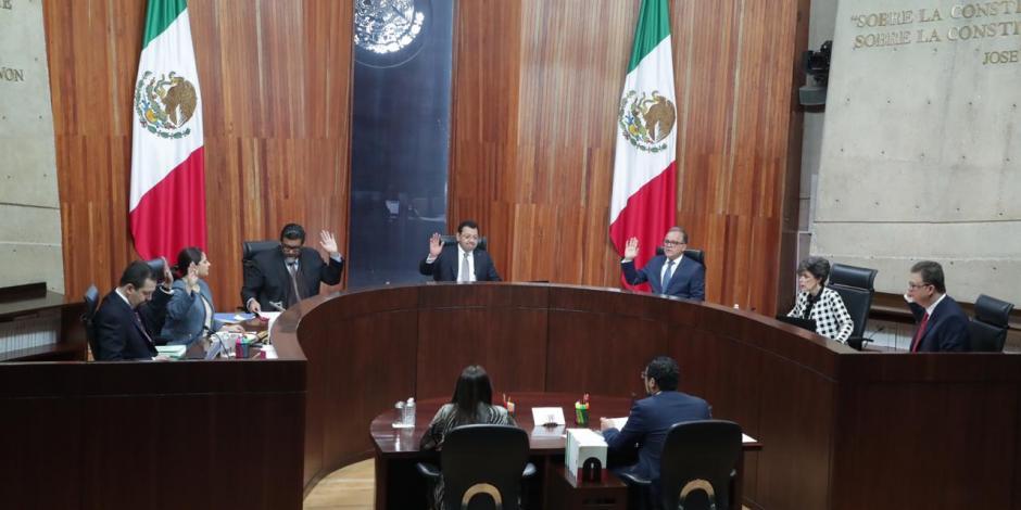 TEPJF batea fallo de comisión de Morena contra Monreal