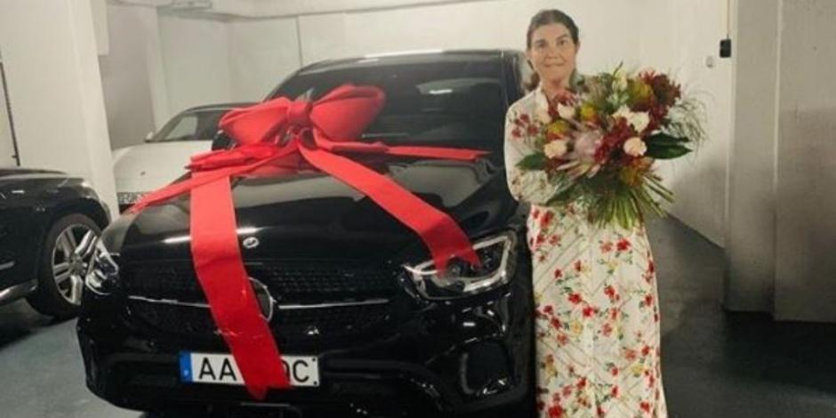El lujoso coche que Cristiano Ronaldo le regaló a su madre