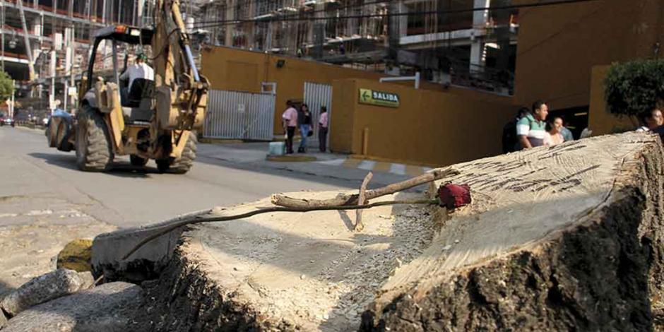 Acusan vecinos falta de obras de mitigación en la torre Mítikah