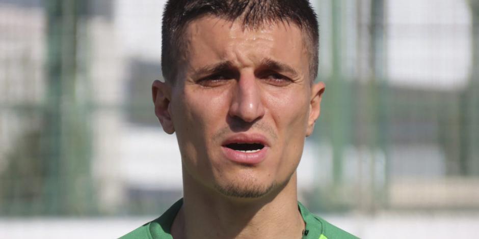 Futbolista intenta encubrir asesinato de niño; dice que murió por COVID-19