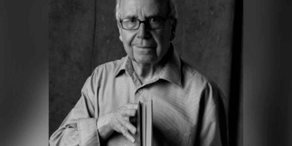 """""""La poesía es un misterio constante""""* Una tarde de recuerdo con Pablo García Baena"""