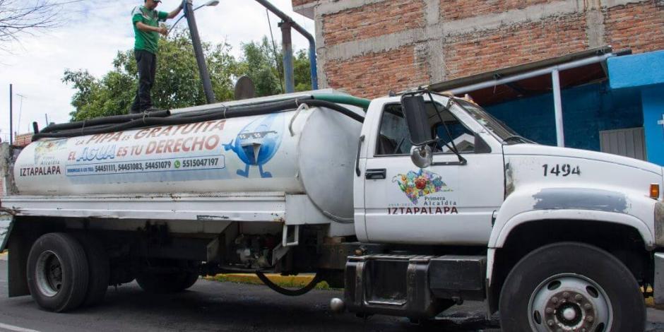 Con 68 módulos, Iztapalapa distribuye pipas para abastecer agua