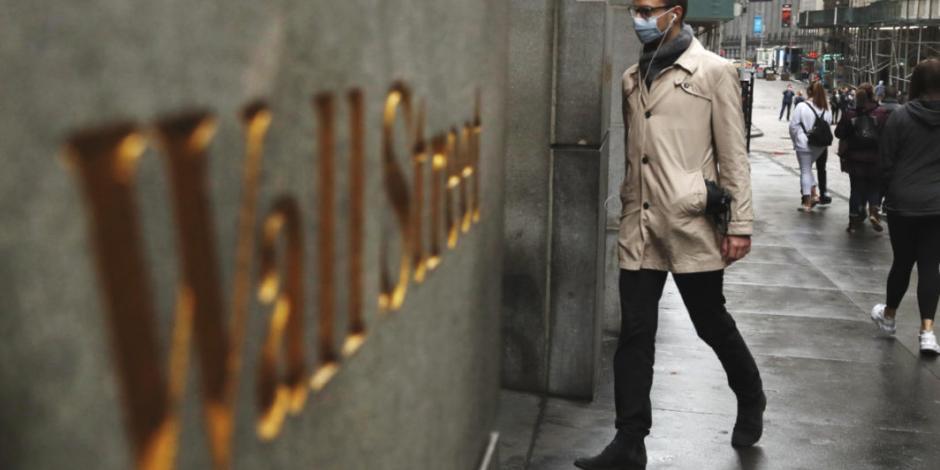Wall Street cae más de 1% por baja en precios del petróleo