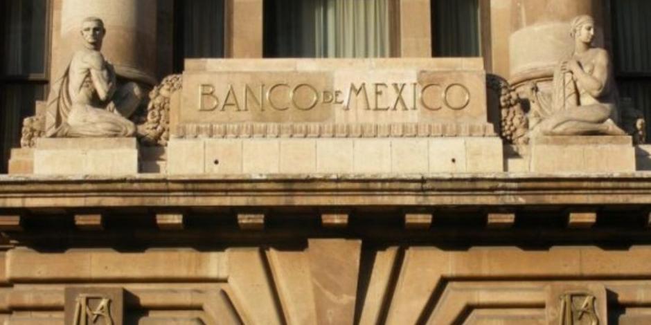 Analistas consultados por Banxico amplían caída del PIB para 2020 a -7.27%