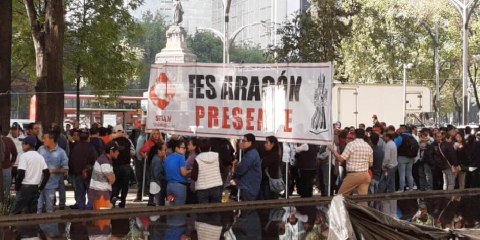 Trabajadores protestan contra el 'outsourcing' frente al Senado