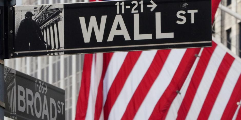 Wall Street abre a la baja tras amenaza de Trump de más aranceles a China