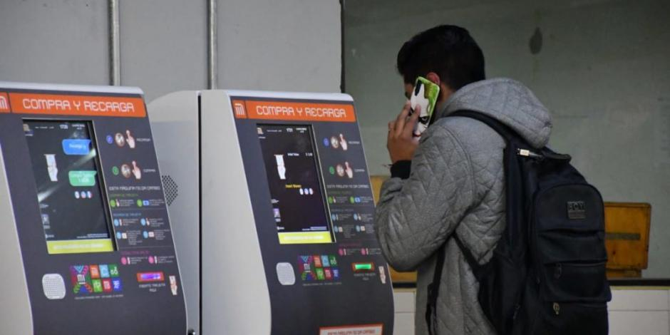Instalan en el Metro 100 máquinas de recarga y compra de nuevas tarjetas