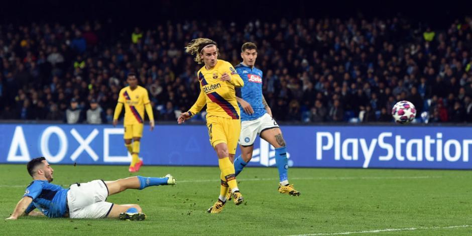 Griezmann salva al Barcelona de caer en su visita al Napoli
