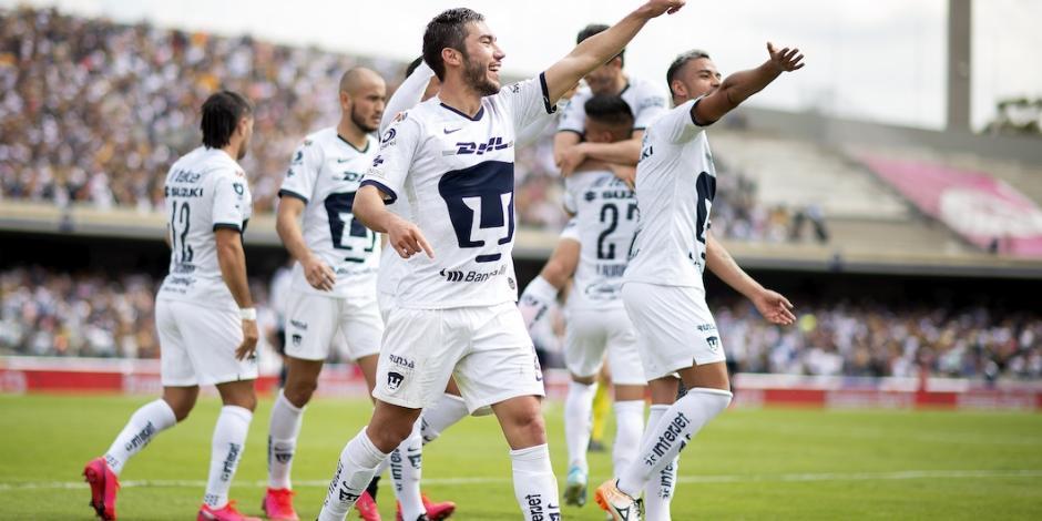 Pumas por fin vence a Rayados y es líder