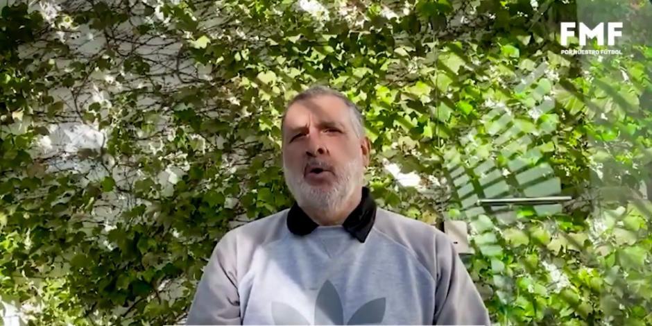 """Tata"" Martino llama a reconocer a médicos en lucha contra COVID-19"