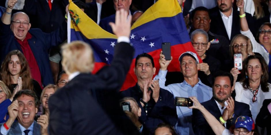 Maduro corteja a Washington cuando Guaidó busca refuerzos