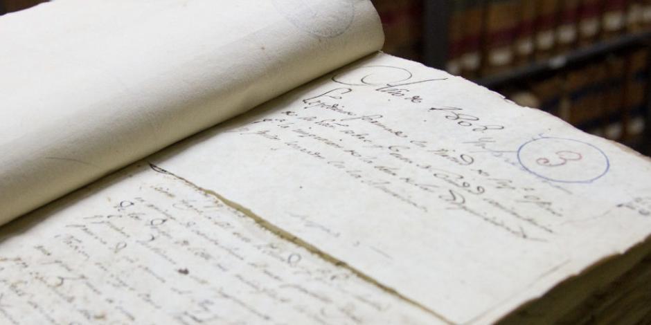 Roban documentos del Archivo Histórico de la Ciudad de México