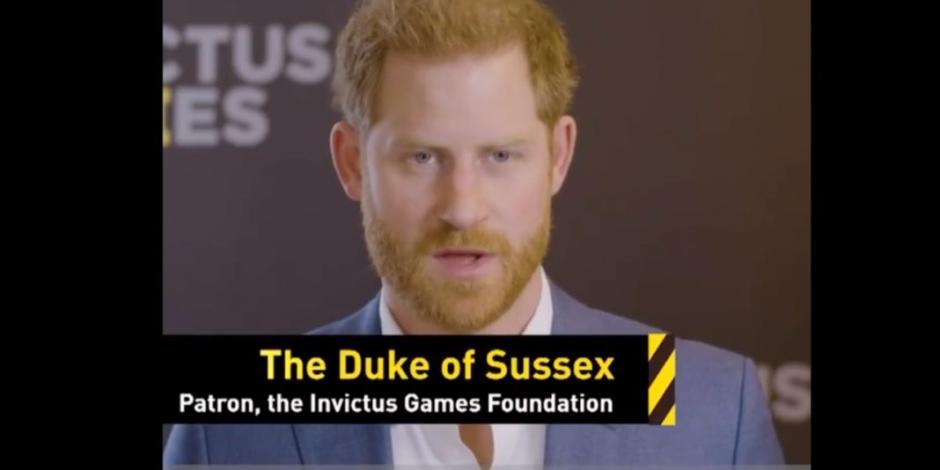 Reaparece el príncipe Harry para último acto público en la familia real (VIDEO)