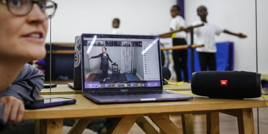 México celebra Día del Internet con 80.6 millones de internautas