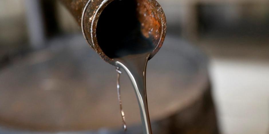 Entra en vigor recorte en 9.7 mbd a producción petrolera de la OPEP+
