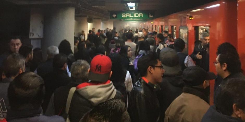 Persona se quita la vida en Línea 8 del Metro