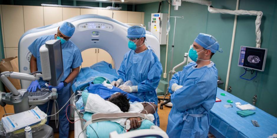 Fallece entre 60 y 80% de pacientes en estado crítico por COVID-19: Alomía