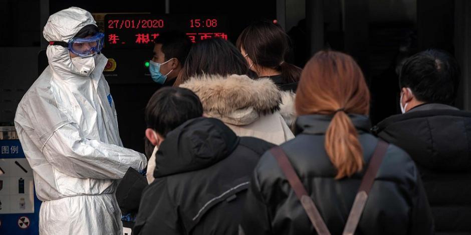 Por coronavirus, Alfaro ofrece boleto de avión a jaliscienses en China