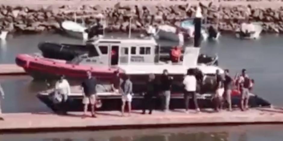 Obama pasea en yate con su esposa en Loreto, BCS (VIDEO)