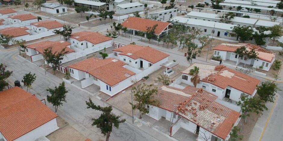 Anuncia AMLO apoyos para ampliación de viviendas en colonias pobres