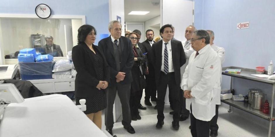 Siguen las visitas sorpresa a hospitales
