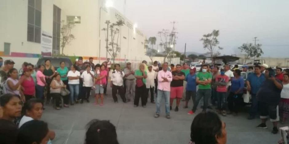 Amenazan con quemar hospital si recibe pacientes con COVID-19 en Morelos