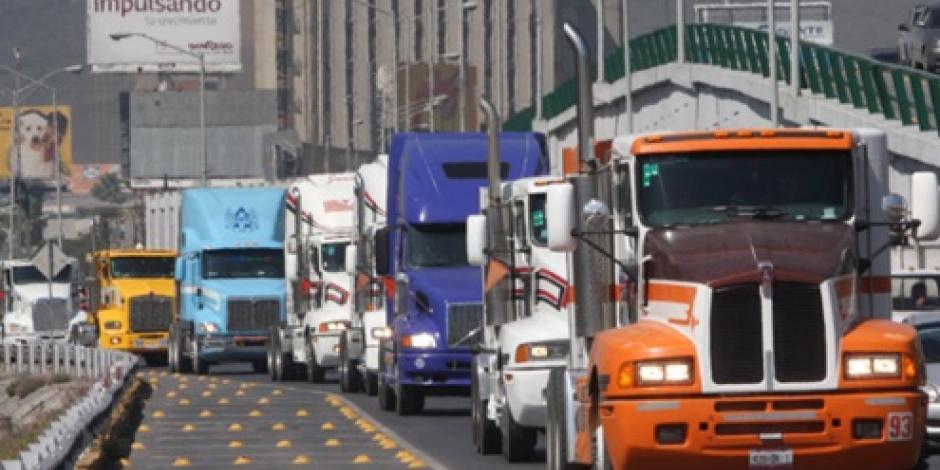 Falta de Diésel limpio frena inversión de 18 mmdp en autotransporte