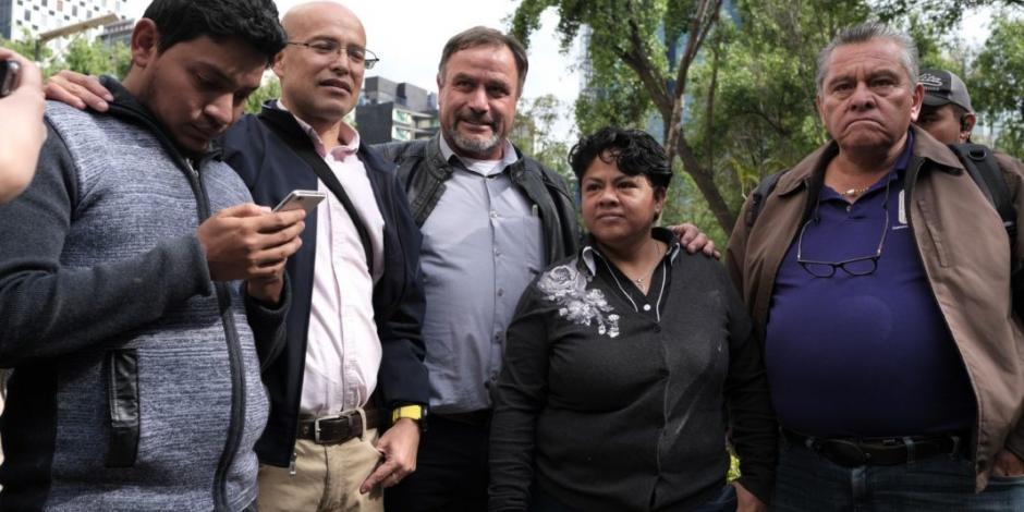 Por desabasto, papás de niños con cáncer buscan asilo fuera de México