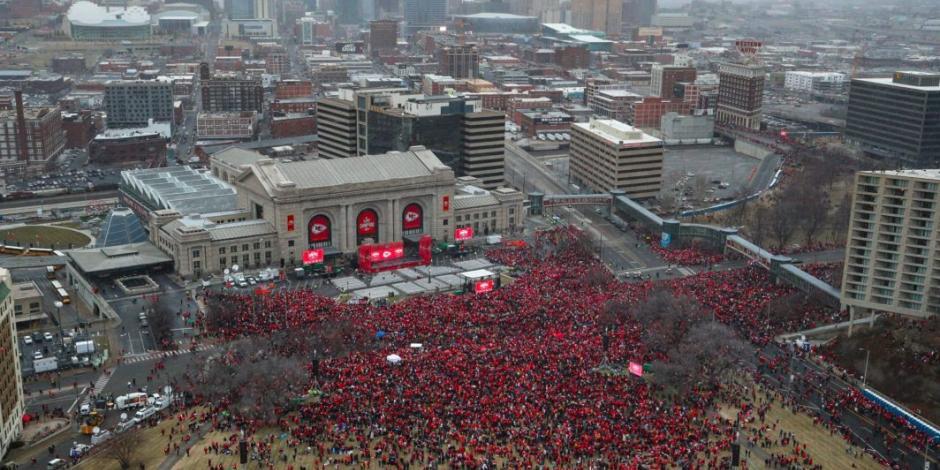 Chiefs festeja con sus seguidores la conquista del Super Bowl LIV